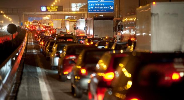 Más de 100.000 conductores multados en tres semanas por ser imprudentes en carreteras secundarias