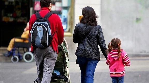 La AEAT ha realizado casi 200.000 pagos anticipados a los beneficiarios de los 'cheques familiares'