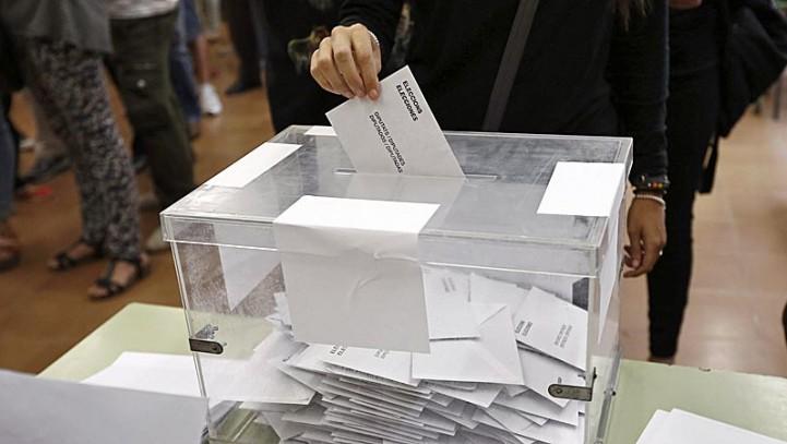 El Pleno inicia los trámites para ampliar el derecho al voto a mayores de 16 años