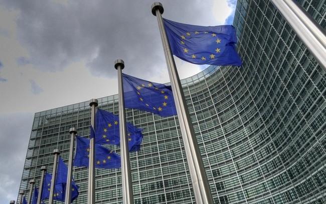 La CE refuerza las normas de transparencia para luchar contra el blanqueo de capitales