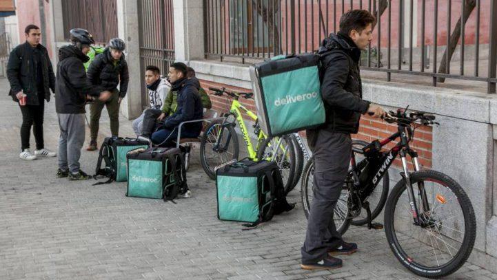 La Inspección de Trabajo asesta otro golpe al modelo laboral de Deliveroo