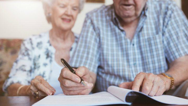 Se perdona la sanción impuesta por Hacienda a una anciana por desconocer su obligación de tributar