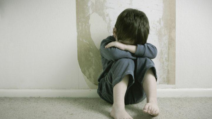 El Pleno del Congreso urge al Gobierno a modificar la prescripción de los delitos de abuso o agresión sexual a menores