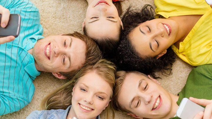 Consejos legales antes de publicar fotos de los hijos en redes sociales